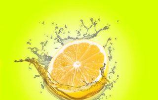 lemon in water